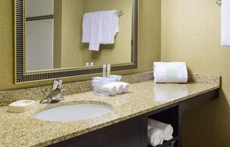 Holiday Inn Express Philadelphia Penns Landing - Room - 19