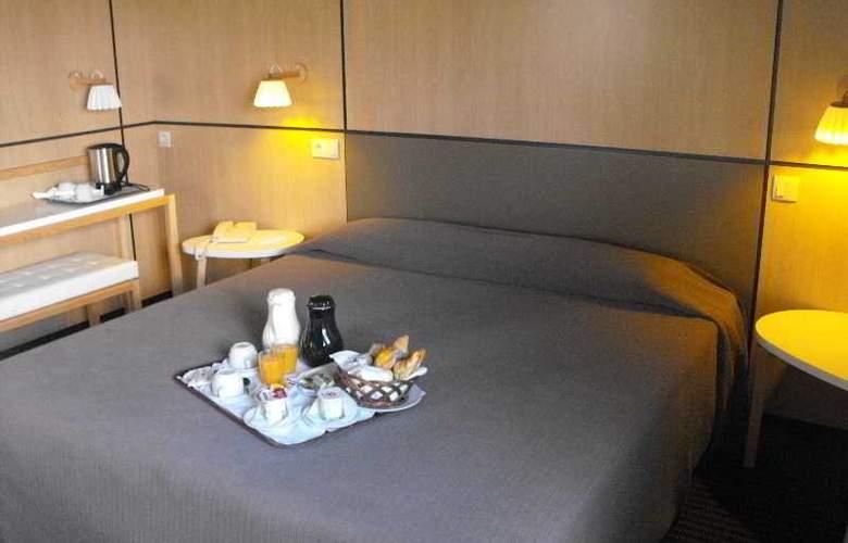 Axis Vermar - Hotel - 13