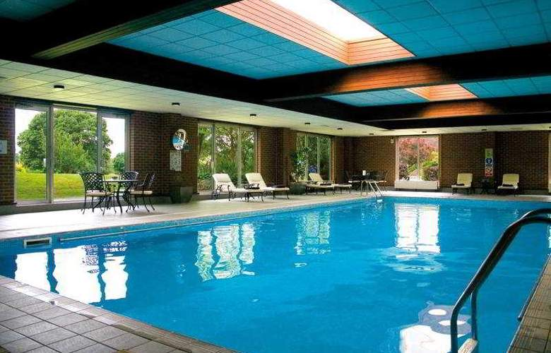 Old Thorns Hotel, Golf and Country Estate - Pool - 2