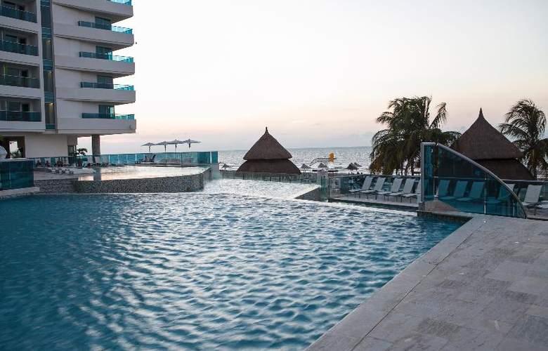 Las Americas Torre Del Mar - Pool - 26