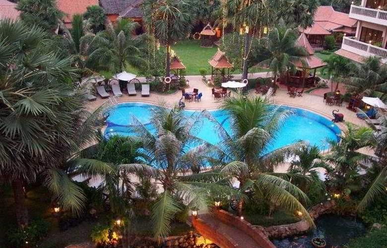 Apsara Angkor Resort & Conference - Pool - 4