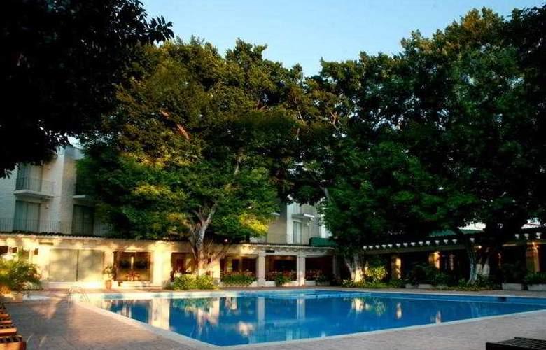 Viva Villahermosa - Pool - 4