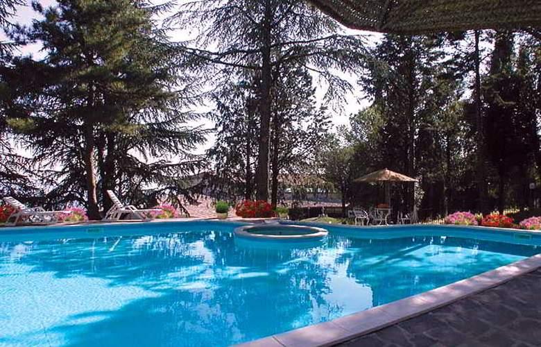 Colle della Trinita - Pool - 7