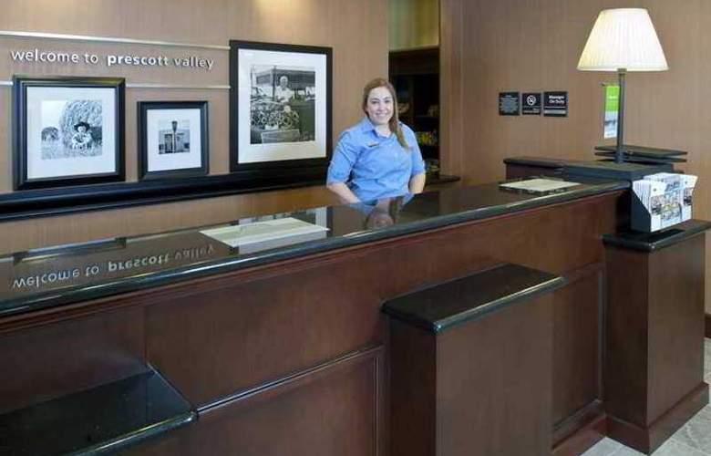 Hampton Inn & Suites Prescott Valley - Hotel - 1