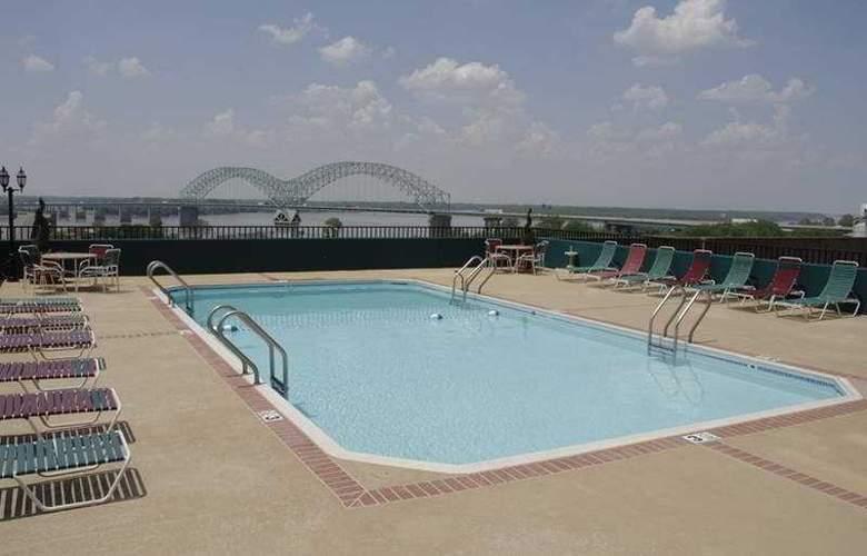 Comfort Inn Downtown - Memphis - Pool - 4