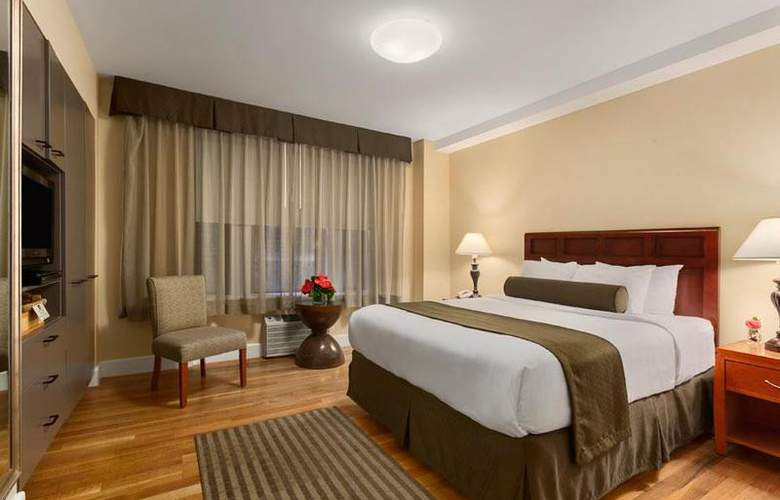 Best Western Plus Hospitality House - Apartments - Room - 98