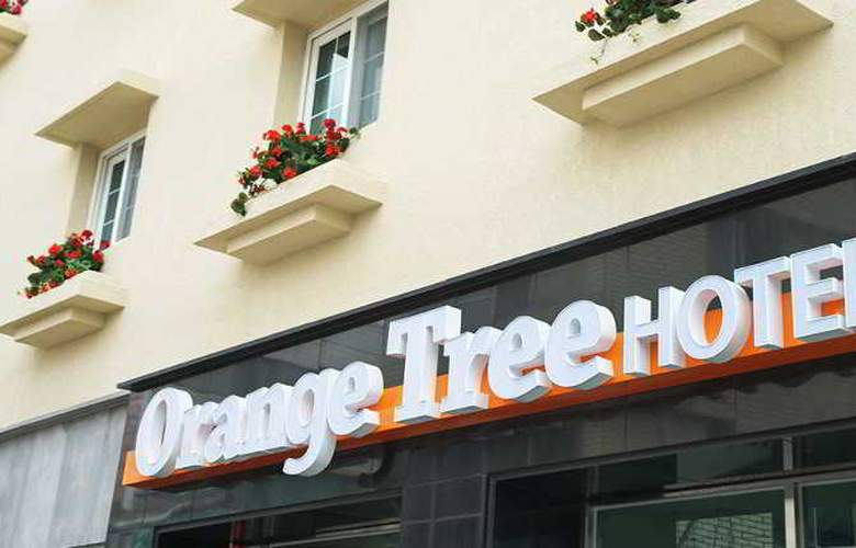 Orange Tree Hotel & Cafe - Hotel - 3