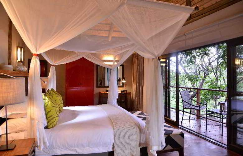 Victoria Falls Safari Suites - Room - 1