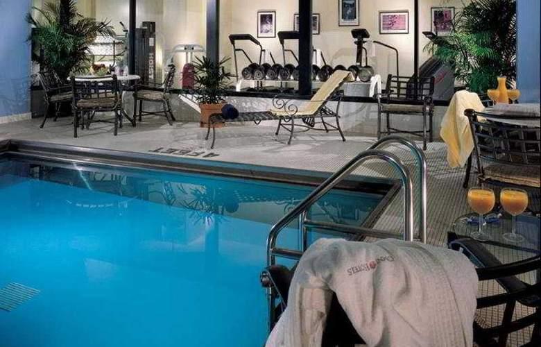 Omni Severin Hotel - Pool - 4