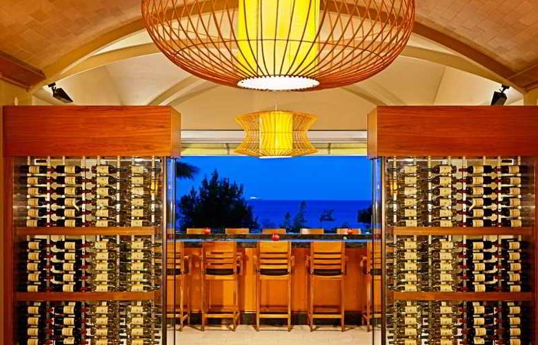 Santa Barbara Beach And Golf Resort - Bar - 7