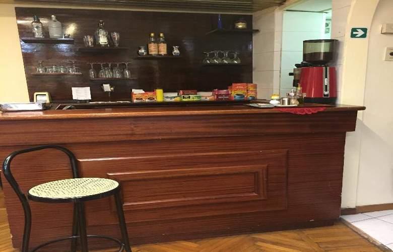 Ascot - Bar - 8
