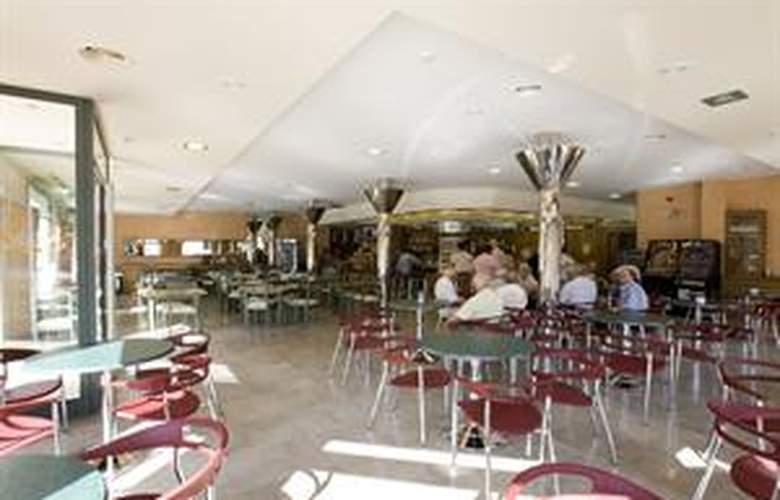 Loar Ferreries Apartamentos - Bar - 4