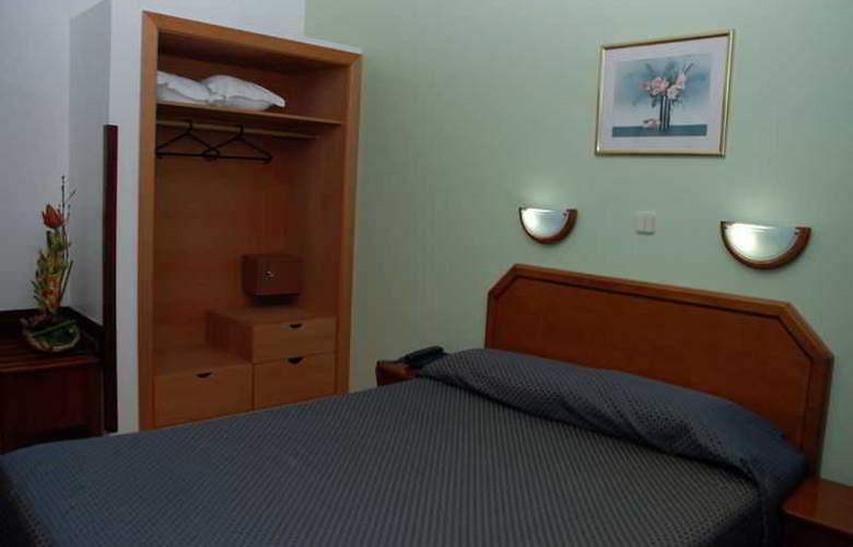 Dos Anjos - Room - 4