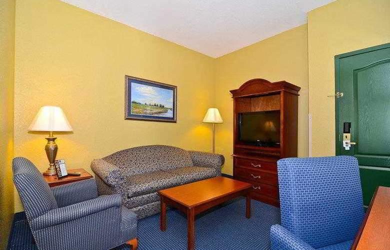 Best Western Executive Inn & Suites - Hotel - 40