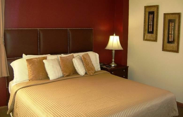 The Mayfair - Room - 8