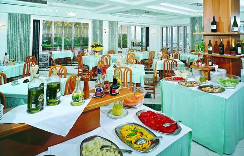 Tonni - Restaurant - 2