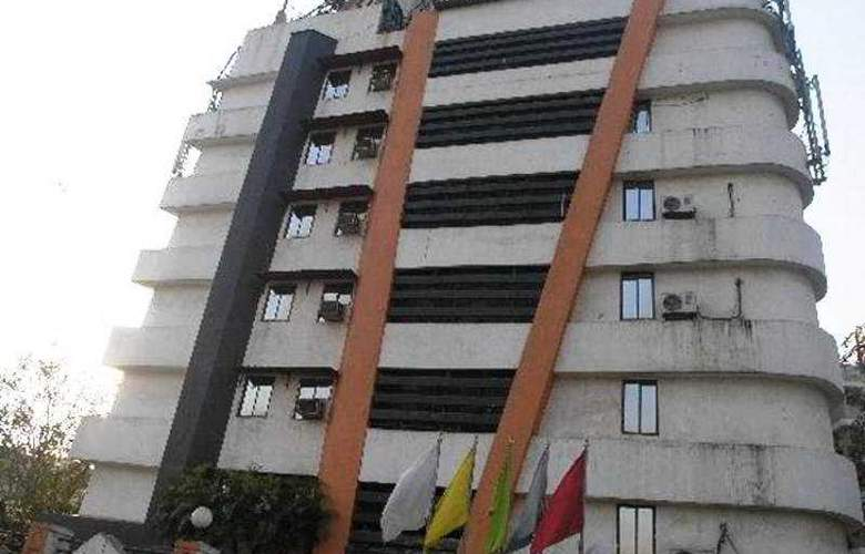 J K Regency - Hotel - 0