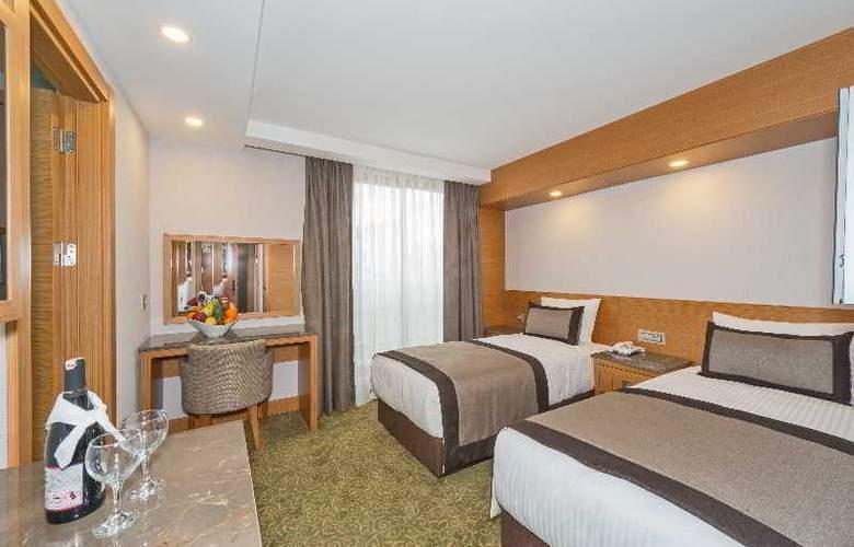 Bisetun Hotel - Room - 6