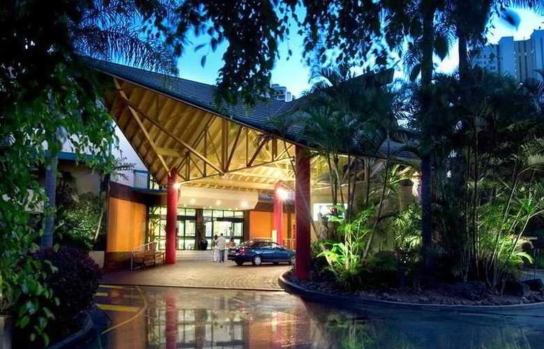 Paradise Resort Gold Coast - Hotel - 0