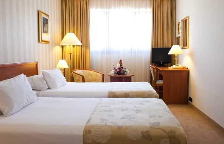 Hotel Globo - Room - 7