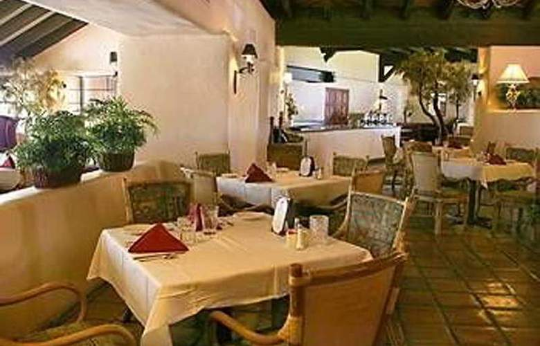 Dobson Ranch Inn - Restaurant - 7