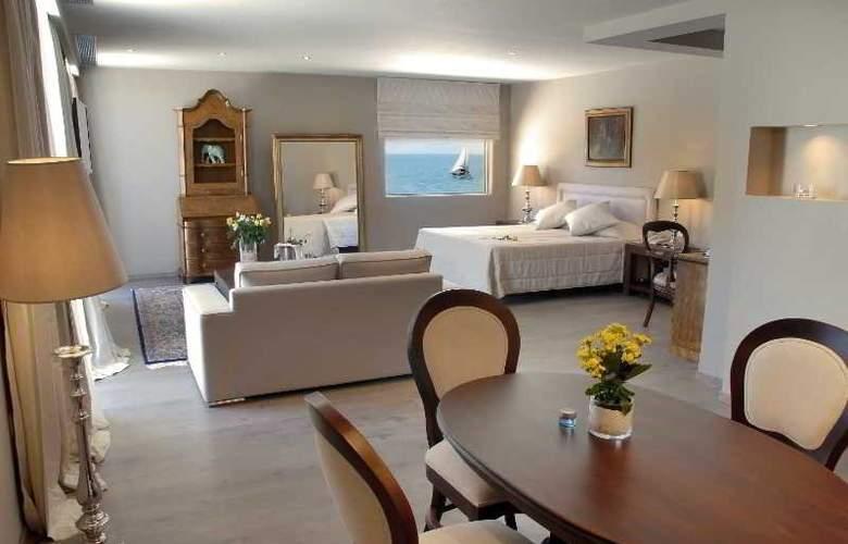 Palace Mon Repos - Room - 14