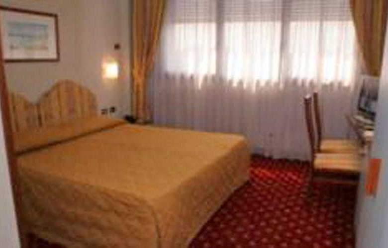 Air Milano Linate - Room - 4