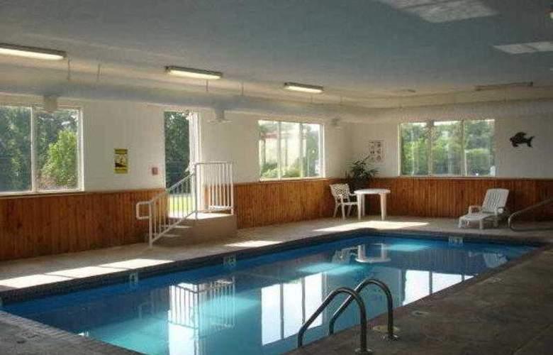 Best Western Teal Lake Inn - Hotel - 23