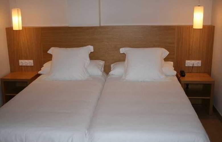 Al Sur Apartamentos Turísticos - Hotel - 21