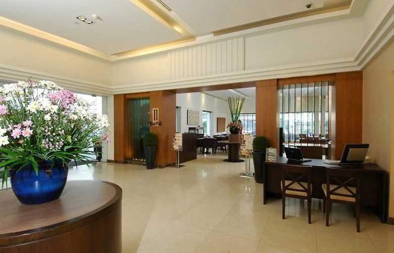 Grand President Executive Serviced Apartment - Bar - 7