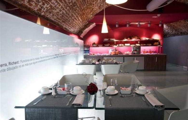 ICON Wipton by Petit Palace - Restaurant - 6