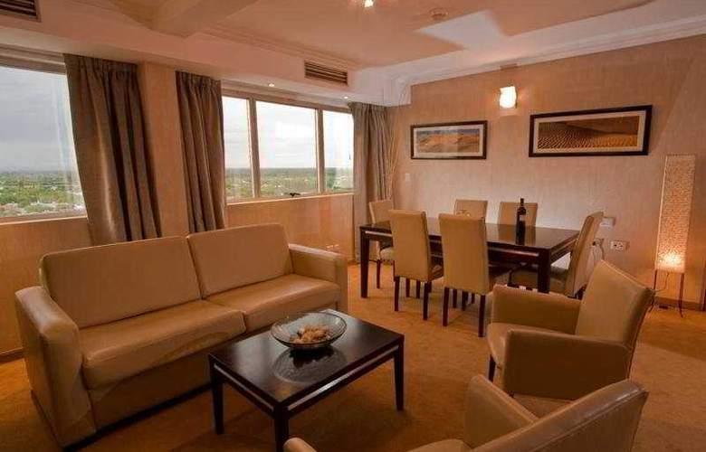 Tower &  Inn Suites - Hotel - 0