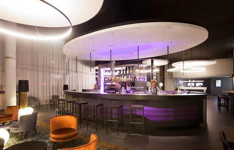 Novotel Basel City - Bar - 6