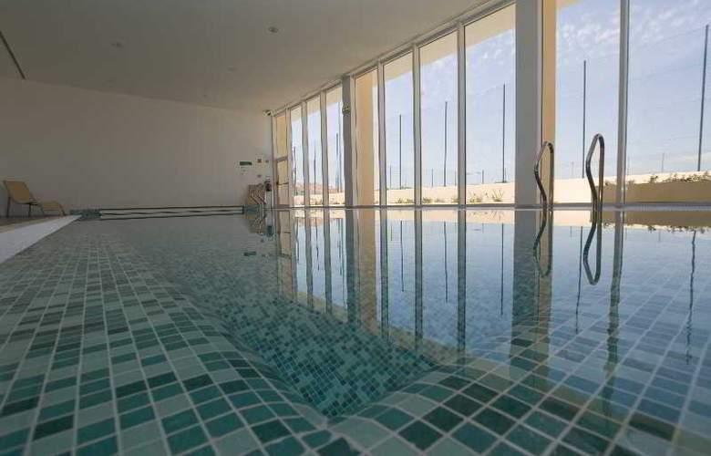 Eden Resort - Pool - 11