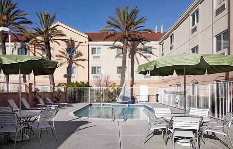 Fairfield Inn & Suites San Francisco San Carlos - Hotel - 12