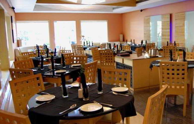 Sukh - Restaurant - 9