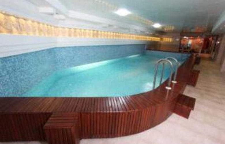 Mursalitsa - Pool - 7