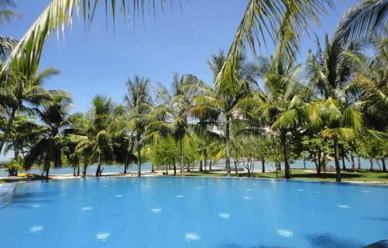 Cordova Reef Village Resort - Pool - 28