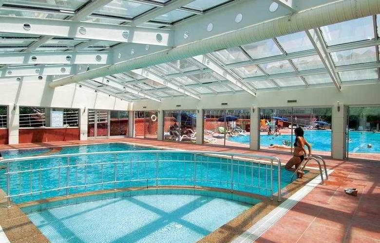 Hane Side - Pool - 5