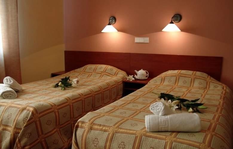 Astoria - Room - 10