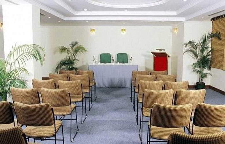 Meraden Grand - Conference - 7