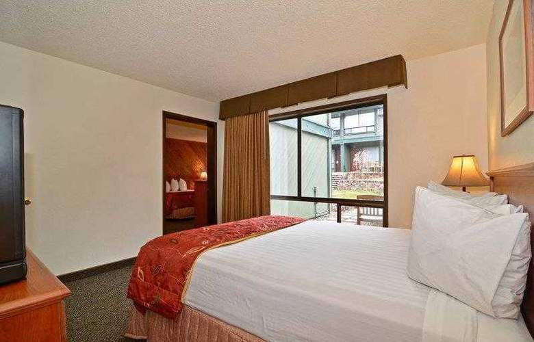 Best Western Plus Tree House Motor Inn - Hotel - 35