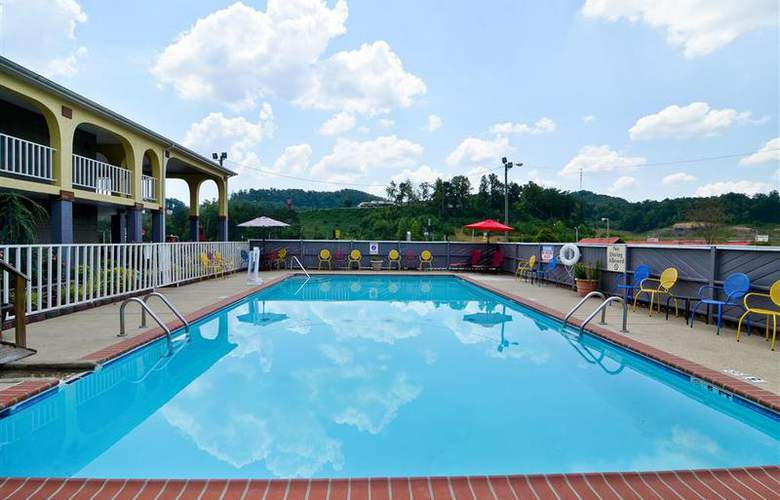 Best Western Corbin Inn - Pool - 128