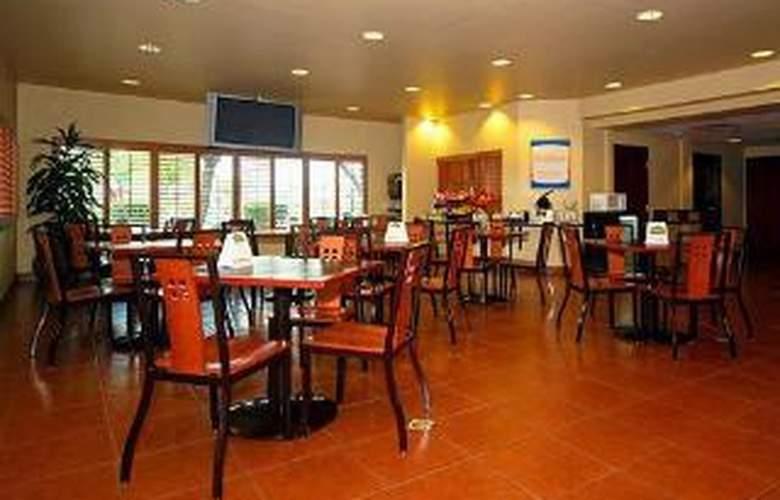 Comfort Inn & Suites at ASU - General - 3