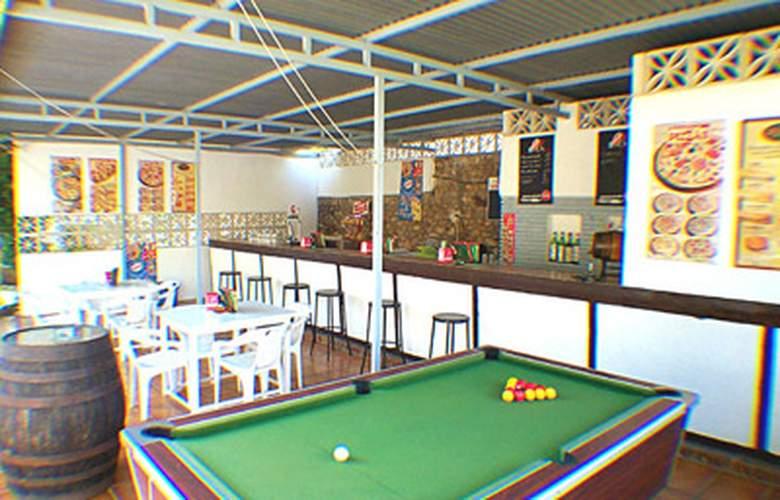 Apartamentos San Carlos - Bar - 4