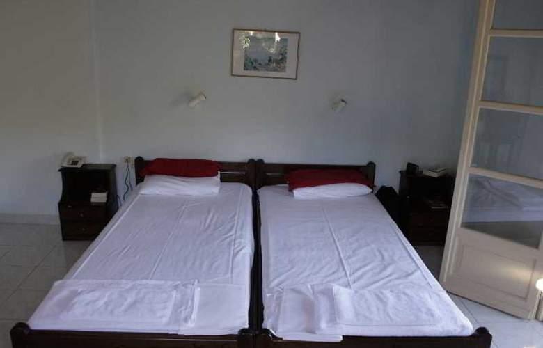 Apraos Bay - Room - 18