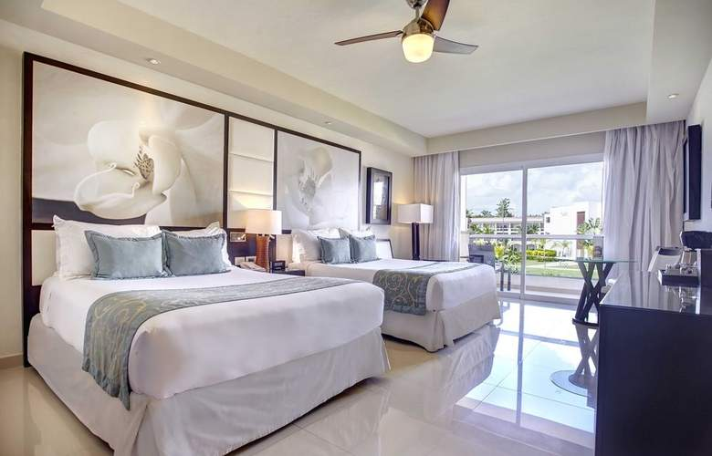 Royalton Punta Cana Resort & Casino - Room - 9