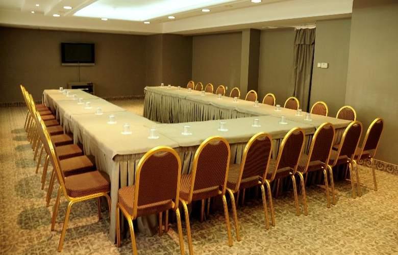 Golden Star Hotel - Conference - 33
