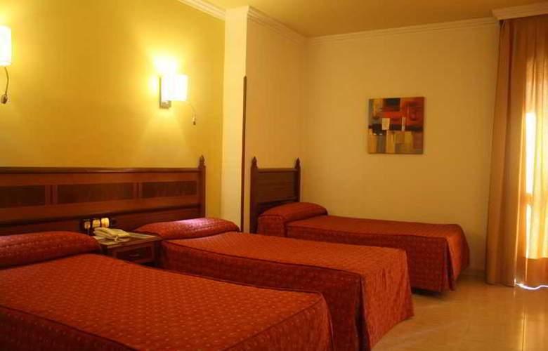 Regio - Room - 10