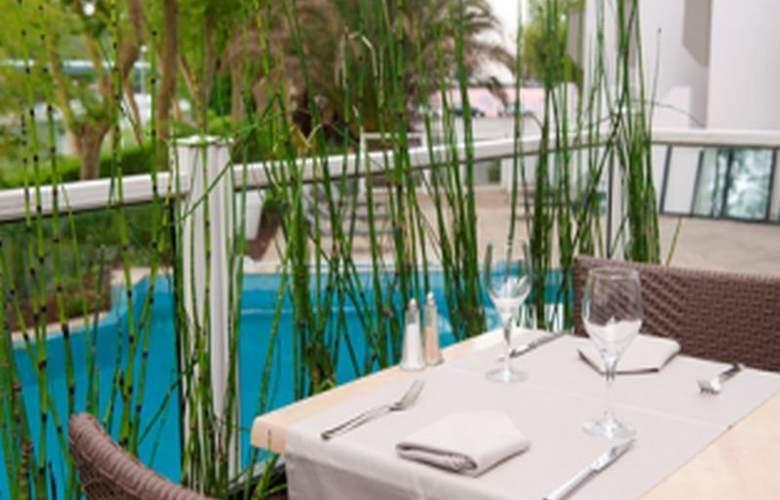Le Bayonne Hotel & Spa - Terrace - 15